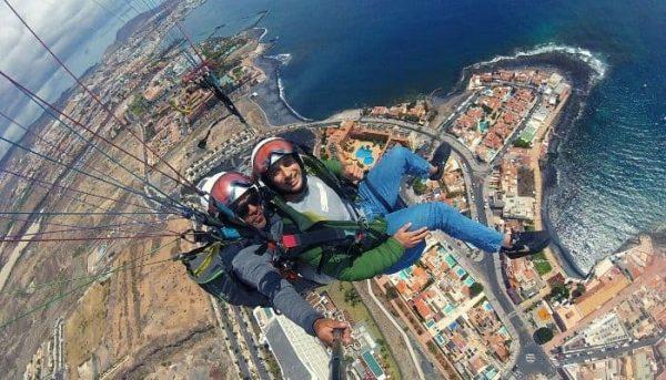 Roy Schijvens paragliding in Tenerife