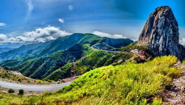 Beautiful roads in La Gomera