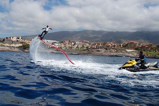 flyboard sport acquatico partenza da puerto colon