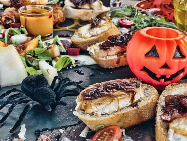 Dinner in Halloween theme