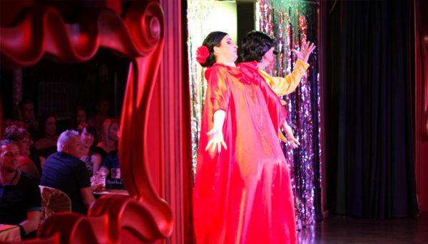 Drag queens show singing